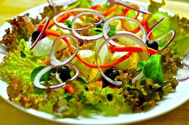 salad-1095649_640