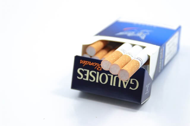 tobacco-1175623_640